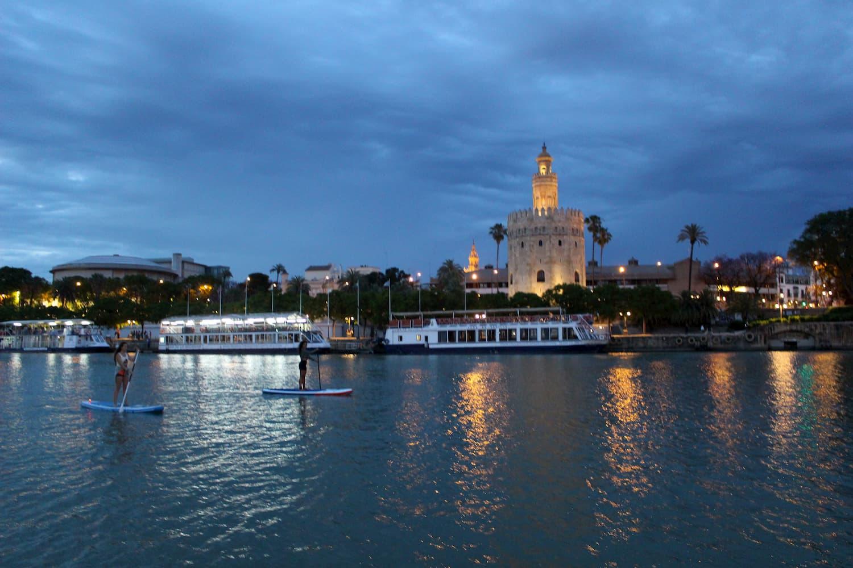 SUP Guadalquivir Noche Sevilla Torre del Oro